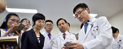 """上海医疗技术""""双提升"""" 上海坚持把医疗技术能力作为提升城市能级和核心竞争力的重要抓手。[阅读]"""