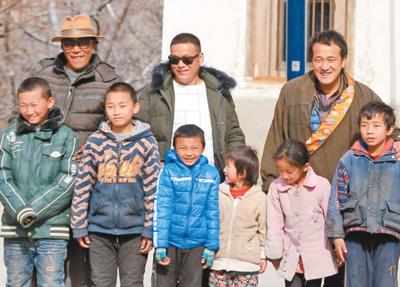 43户人家的偏僻小山村走出了26名大学生